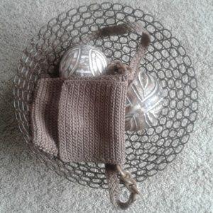Vintage crochet braided handbag